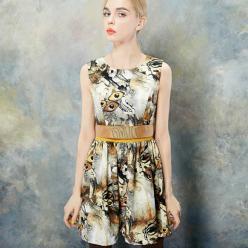 Rochita eleganta fashion, lipsita de maneci si talie accentuata, in culorile toamnei