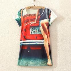 Tricou femei cu imprimeu colorat masina rosie
