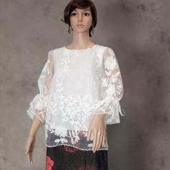 Bluza chiffon vaporoasa cu broderie florala pentru orice ocazie