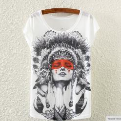 Tricou de dama cu imprimeu portret