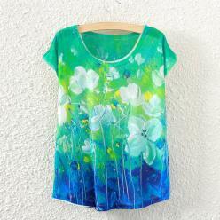 Tricou de dama cu imprimeu floral colorat