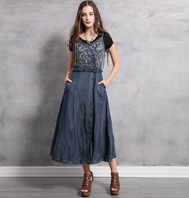 rochie denim jeans blugi boho chic hippie cu broderie florala decorativa bretele lunga midi
