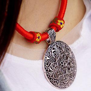 Colier handmade bohemian sfoara