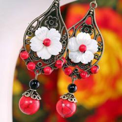Cercei handmade flori turcoaz rosu