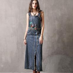 Rochie fusta lunga salopeta cu broderie colorata din denim usor si moale