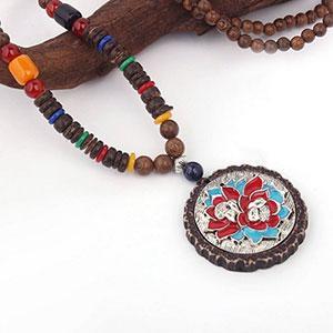 Pandativ handmade cu margele lemn santal, turcuaz, sticla si pietre naturale